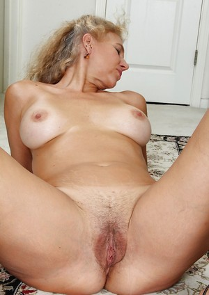 Old Pussy Porn