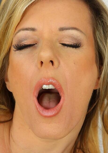 Face Milf Porn