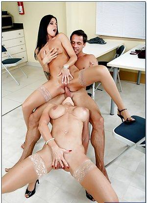 Balllicking Milf Porn